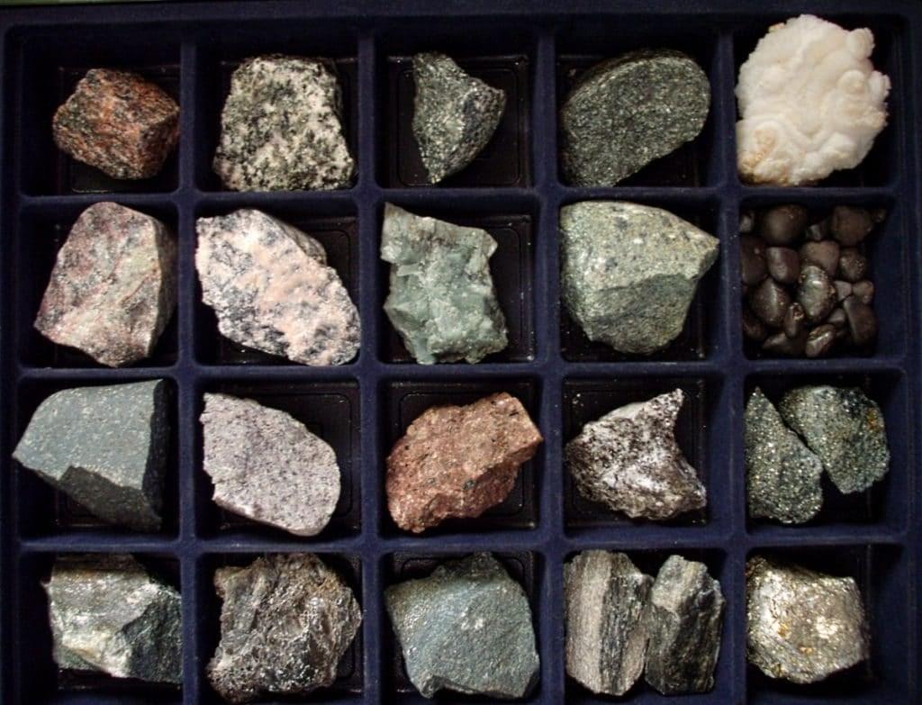 камни полезные ископаемые фото и название архитектурные